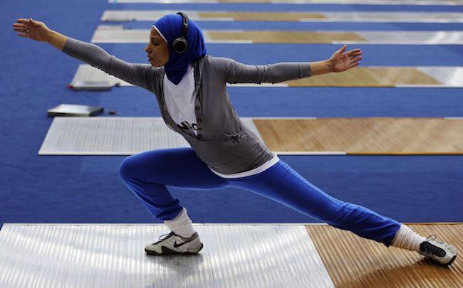 """""""耐克""""们争夺中东市场,运动头巾背后是一个更加庞大的穆斯林时尚产业"""