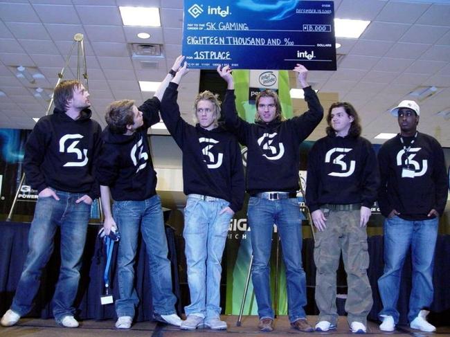 看完S7总决赛,想赞助电竞的品牌可以先了解下电竞队服的进化史