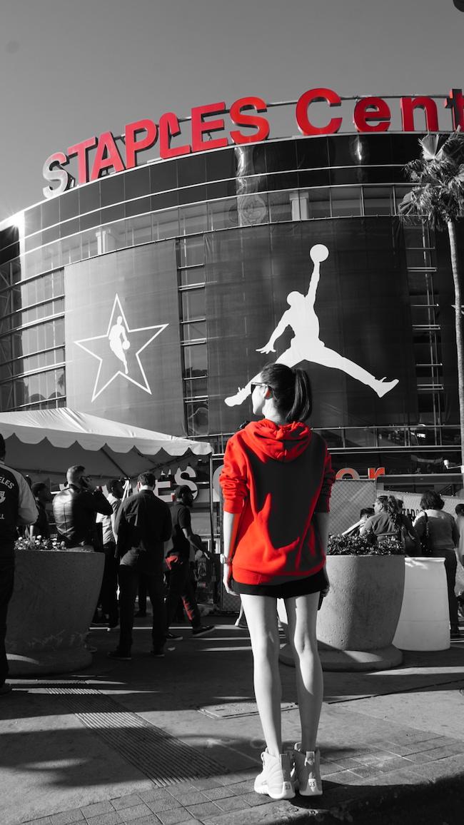 中国明星跨界参与,体育营销互动频繁,NBA全明星周末的场外观察