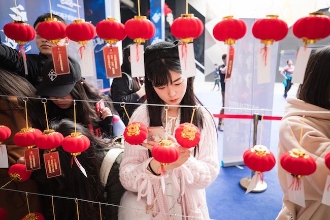 电竞俱乐部主场制终于亮相,我们去成都、重庆和杭州都体验了一遍