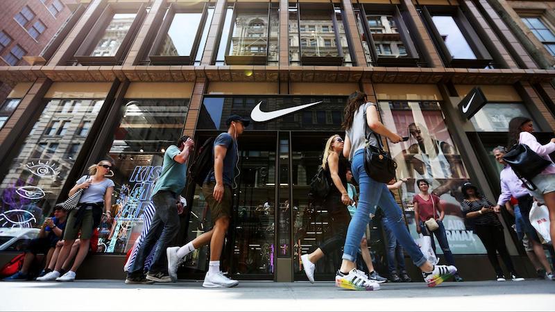 Nike耐克在美国年轻人中的地位正面临压力
