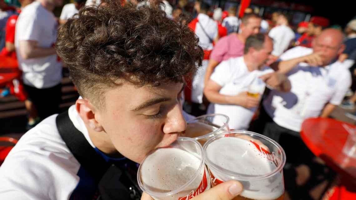 """世界杯开赛仅不到一周,俄罗斯啤酒库存已""""供不应求"""""""