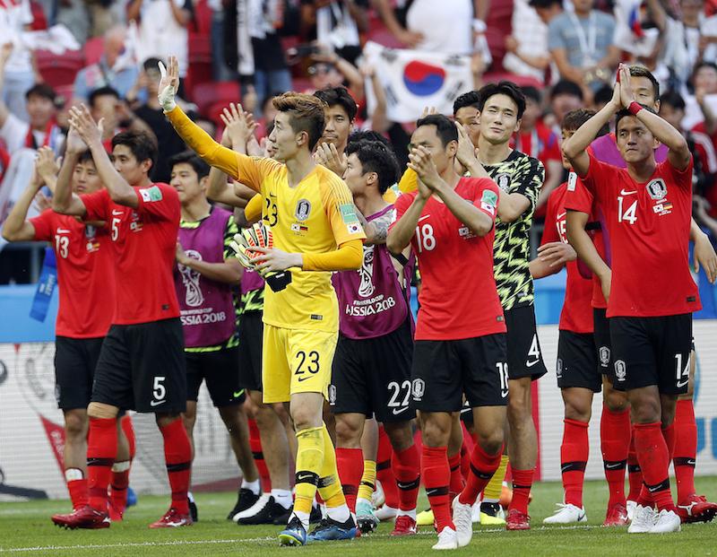 如果世界杯是美妆大赛,韩国门将已经C位出道 | B面世界杯