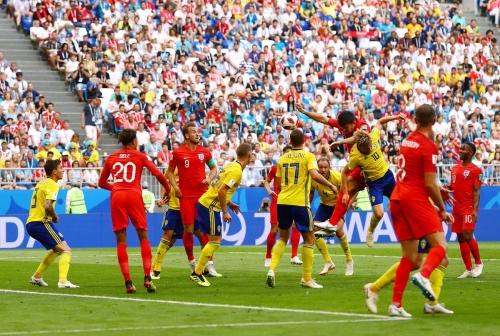 快乐会传染,英格兰28年后重返四强;生死一线间,克罗地亚点球送俄罗斯出局 | 世界杯早知道