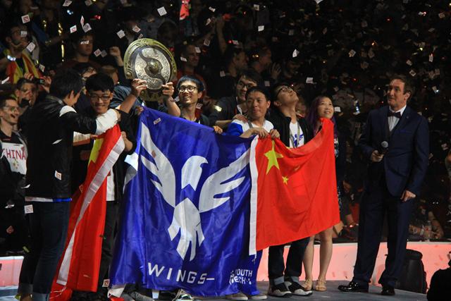 周奕专栏:从中国队伍Ti6夺冠谈电竞的两点意义