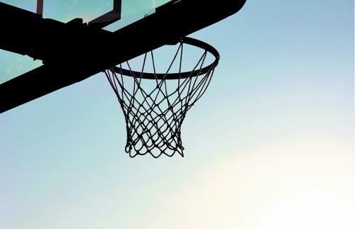 林德韧专栏:篮球产业江湖硝烟四起——这可能是篮球迷最后一个寂寞的秋天