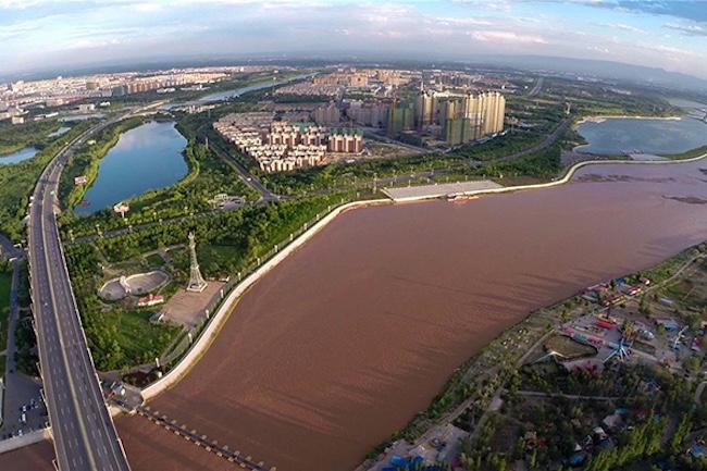 来宁夏吴忠,跑一场有黄河、回文化和宁夏西瓜的马拉松