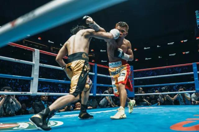 邹市明输掉WBO拳王金腰带卫冕战,但他拳击生涯的下半场刚开始