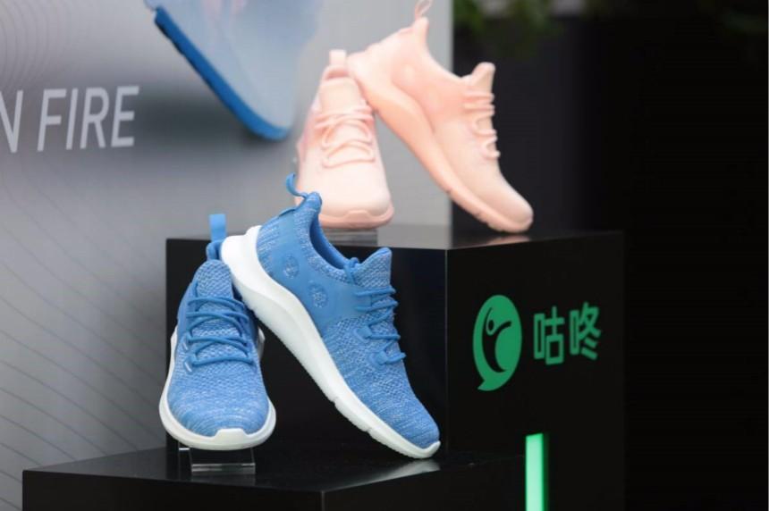 咕咚发布智能健步鞋,联手京东开启众筹瞄准时尚轻市场