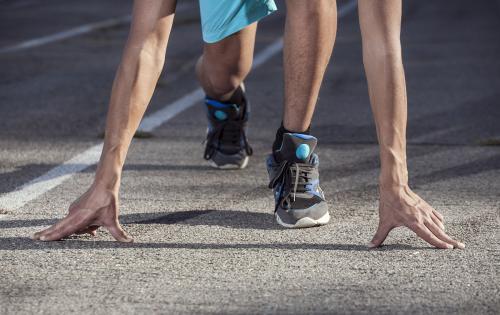 长跑教练告诉你:是时候该换双新的跑鞋了