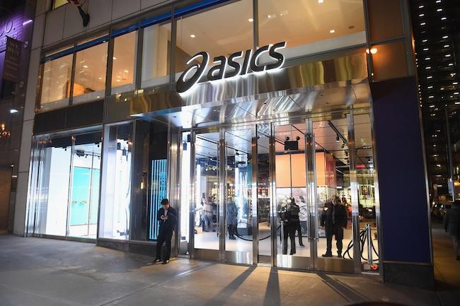 亚瑟士纽约第五大道开设全美首家旗舰店,产品之外更重视品牌精神