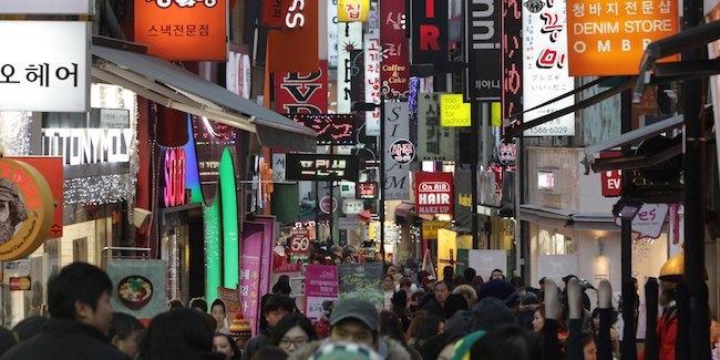 平昌冬奥门票仍有近四成待售,韩国拉上5.2万家商店开购物节提振销量