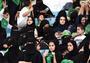 沙特女性终于能进球馆看球了,但男女平等在沙特仍遥不可及