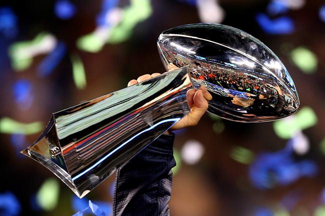超级碗电视广告卖得再贵,也救不了日薄西山的电视媒体 | Super Bowl 2018