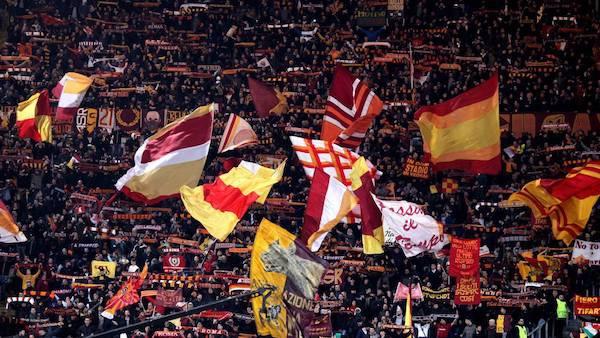 """因欧冠比赛门票太高上头条,罗马球迷报纸发文""""请求""""巴萨"""