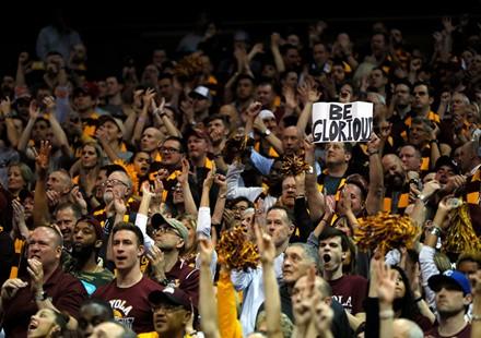 美国大学篮球强校多为天主教学校,个中原委并不复杂