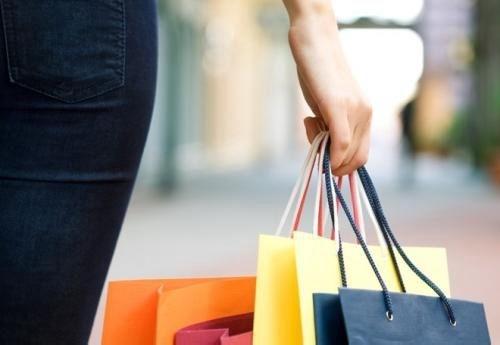 国务院下调日消品进口关税:体育健身用品、服装鞋帽平均税率由15.9%降至7.1%
