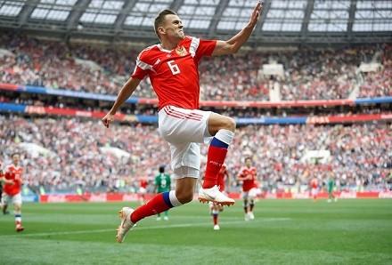 俄罗斯对足球是真爱,但为什么他们却踢不出好成绩?