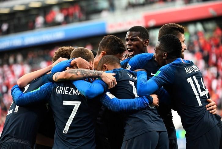 法国队构成多元化的背后,是法国社会各种族的交锋与融合