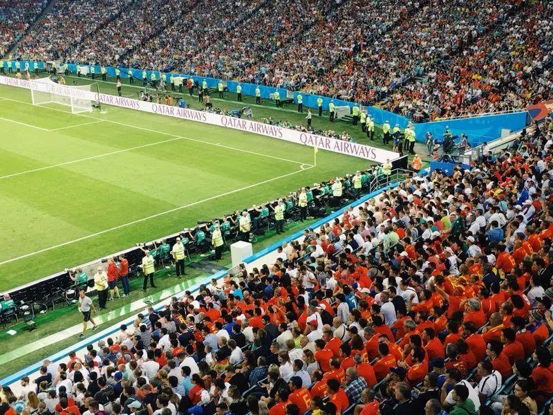前线手记:俄罗斯人怎么把一场世界杯变成嘉年华?| B面世界杯