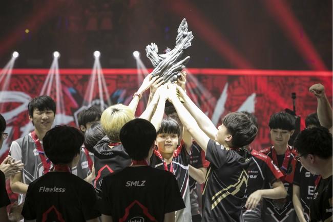 LPL战队卫冕英雄联盟亚洲对抗赛,下个目标就是亚运会了