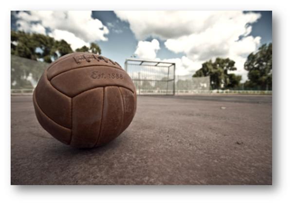 聊起足球时,我们到底在聊什么——战争?主义?还是AV录像?| 懒熊三缺一