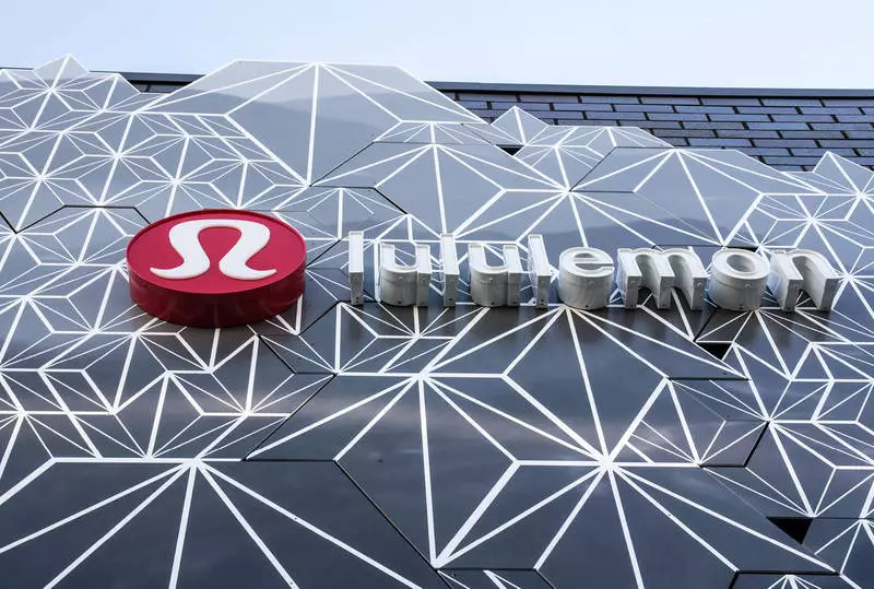 Lululemon股价翻番背后:二季度中国电商增长200%